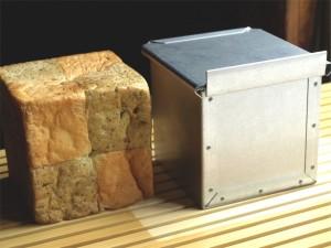 サイコロ食パン型